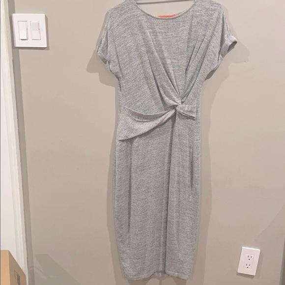 GAP Dresses & Skirts - Mid length comfortable grey dress